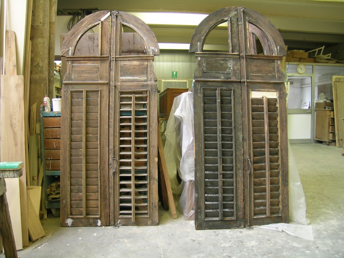 Restauro scuri e finestre bottega del restauro - Restauro finestre in legno ...